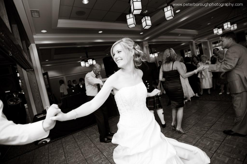 contemorary wedding photographer