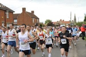 Langtoft 10k Run Adults Start Line