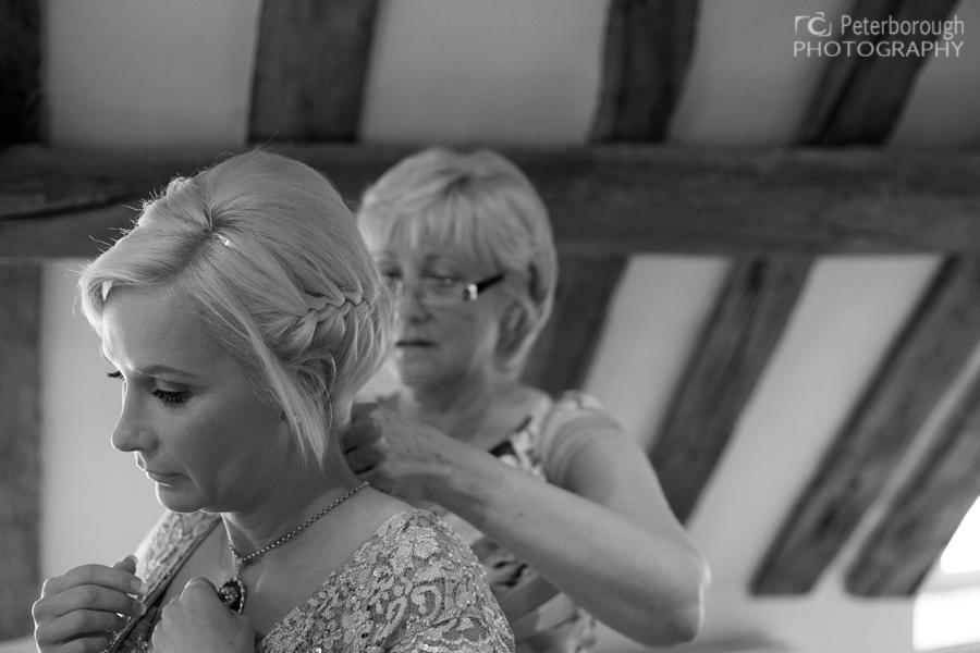 Wedding photography stamford bride getting ready